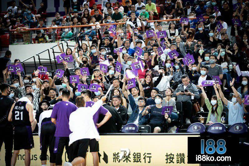 p.league+新竹攻城獅主場熱身賽
